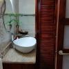 hibiscus_deluxe suite bathroom-1
